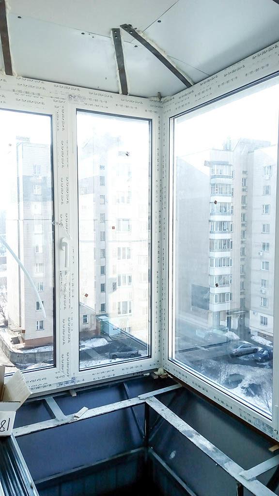 Как застеклить г - образный балкон с выносом - звоните: (063.